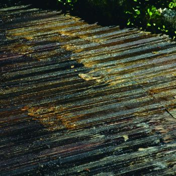 Preparing your deck for a new finish