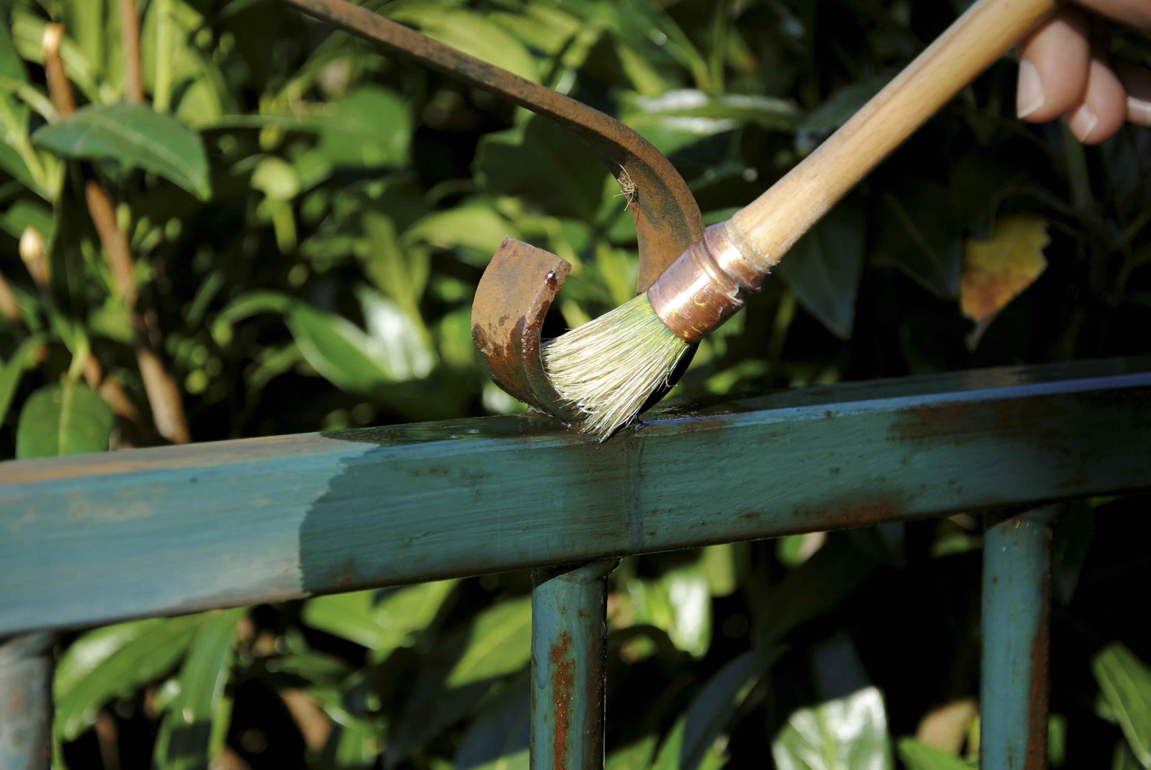 Owatrol Oil used on metal fence - ©Adfields