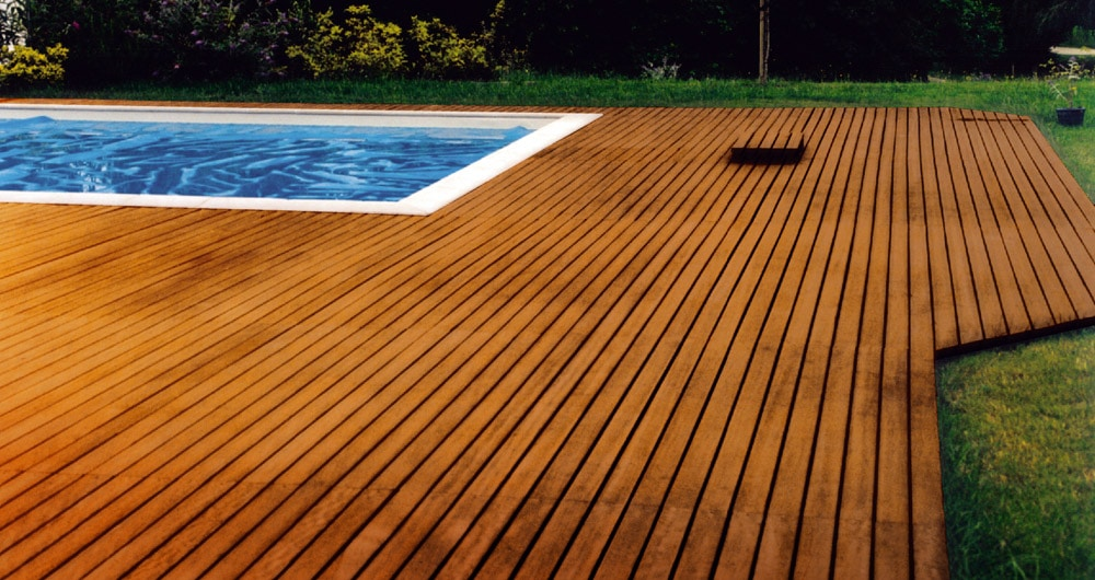 Decking protected with Aquadecks