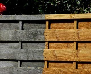 Net-Trol before and after on fence panel