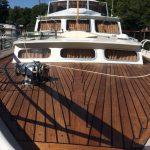 boat deck finished with Deks Olje D1- ©Adfields