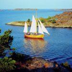Deks Olje D1 applied to a sail boat