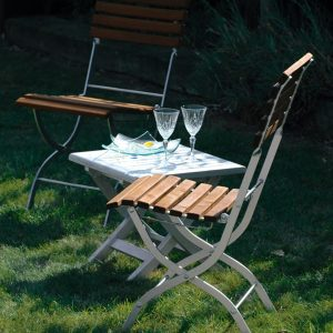ALU Paint on garden furniture