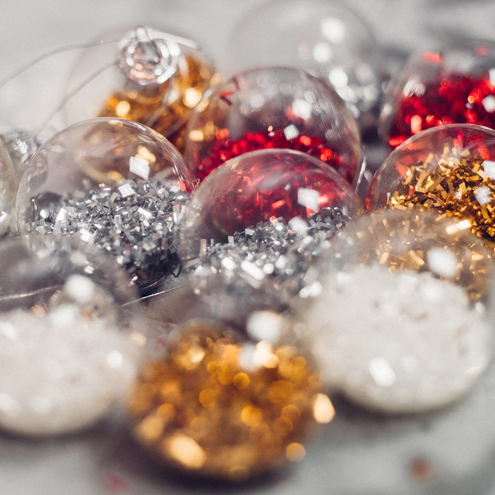 Glitter filled bauble