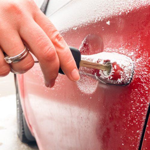 How to unfreeze a frozen car door lock