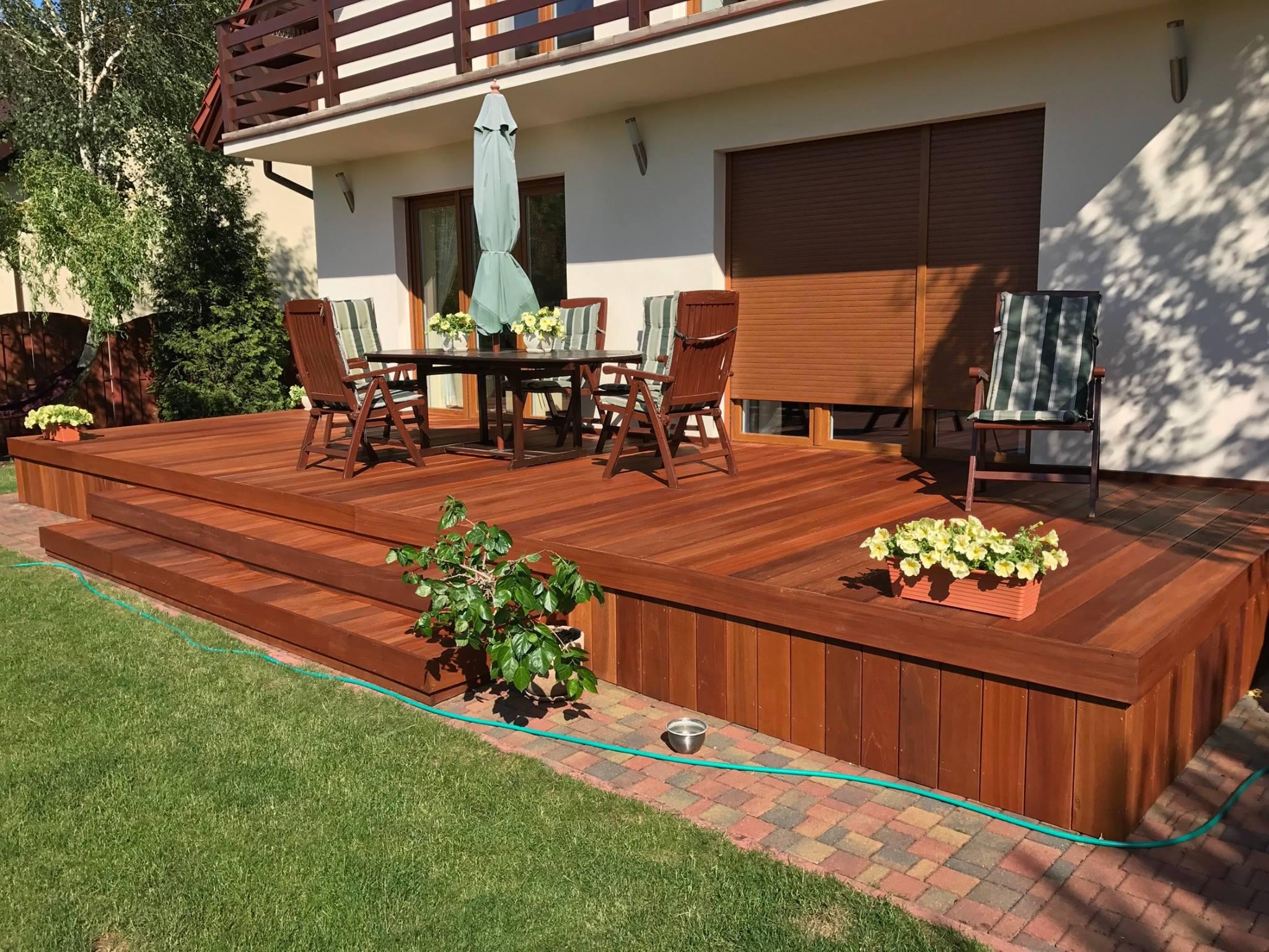 Oak yard decking