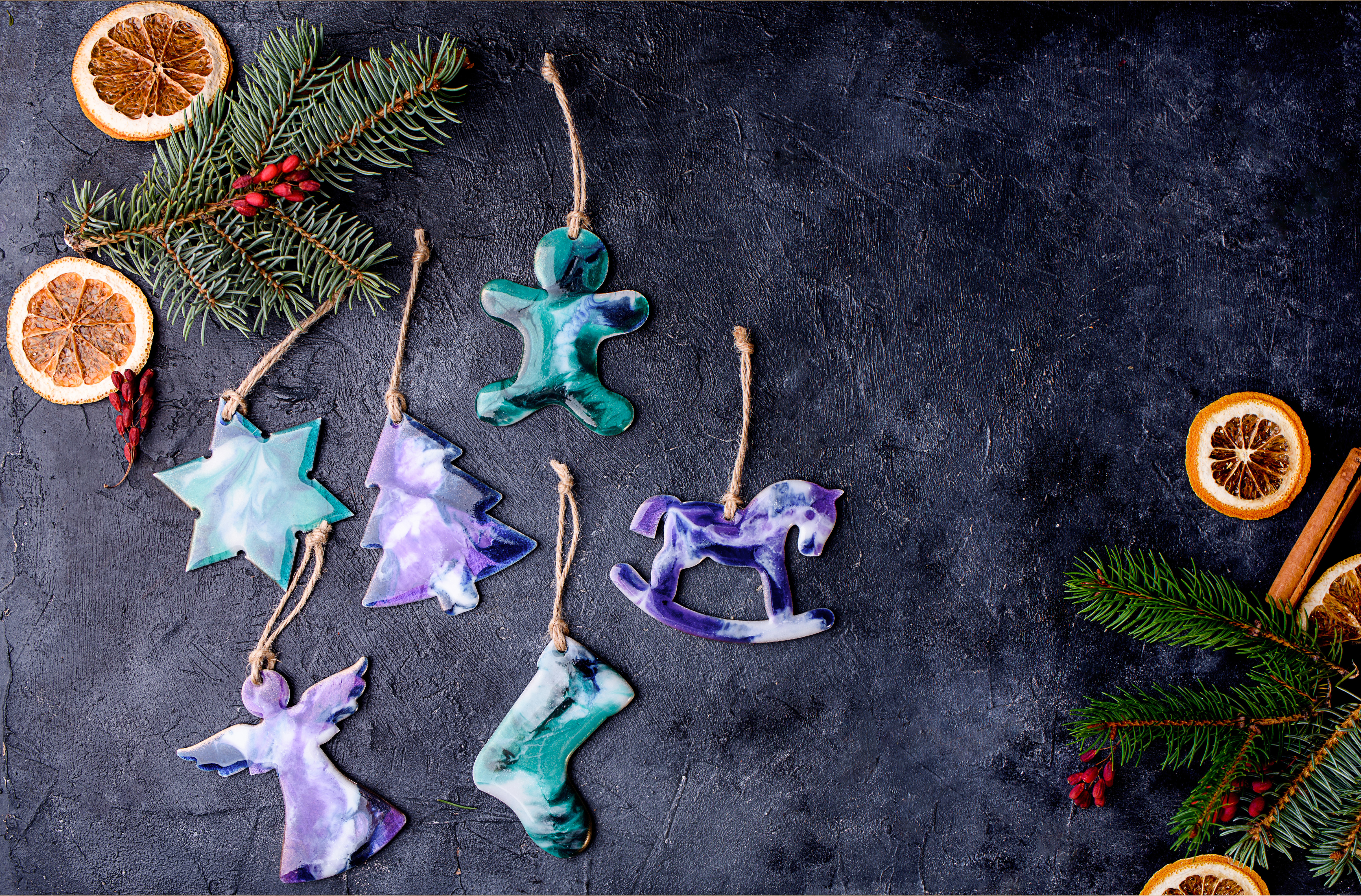 Hanging decorations made from resin